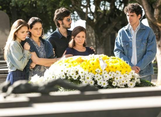 a_lei_do_amor_enterro
